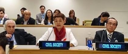 笠井会長、国連会議でスピーチ